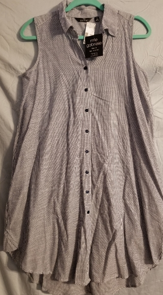 Mlle Gabrielle Dresses & Skirts - Women's NWT Mlle Gabrielle Dress Top Size Small